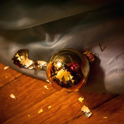 broken ornament-1 small
