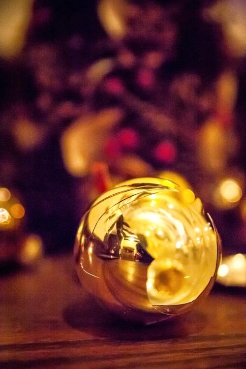 broken ornament-2 small