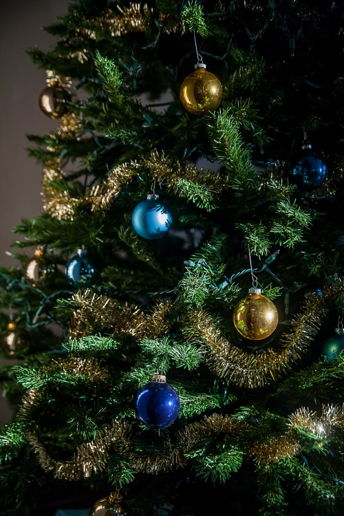 christmas tree blue gold ornaments-1 small
