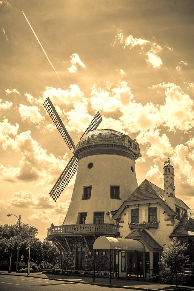 bevo mill sepia small