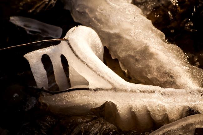 mississippi river ice freezing alton illinois-11 small
