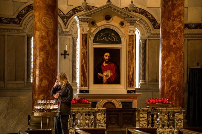 saint louis cathedral basilica interior-4 small