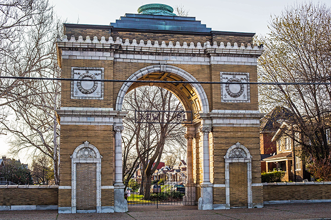 Lewis Place Gate at Taylor Saint Louis-1 small