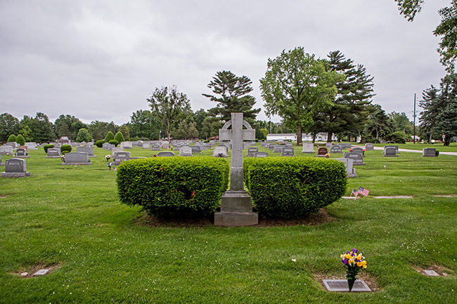 valhalla memorial park cemetery godfrey illinois-7 small