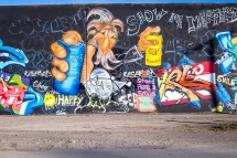 saint-louis-flood-wall-graffiti-3-small